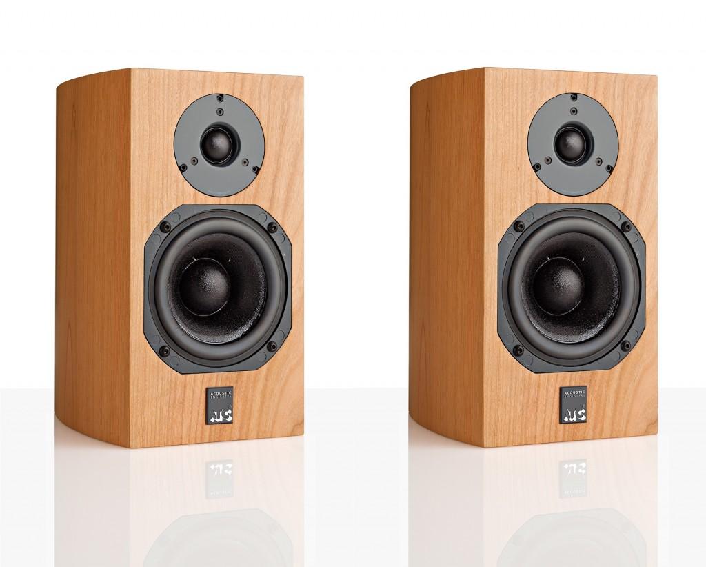 ATC-SCM7-speaker-3-4-view_no-grill-RGBs