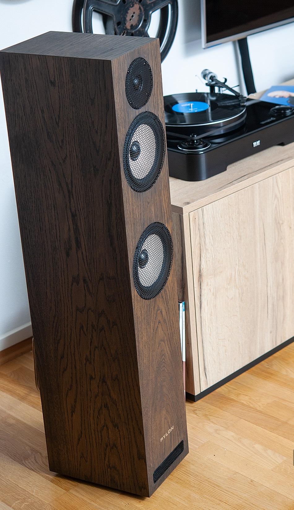 Pylon-Audio-Ruby-25-01