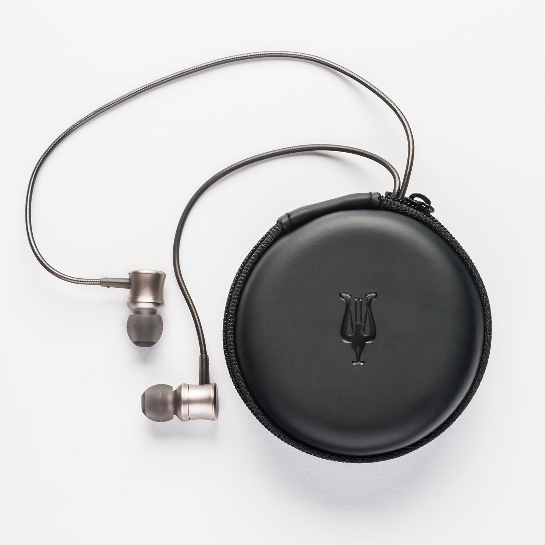 meze11-neo-iridium-w-pouch
